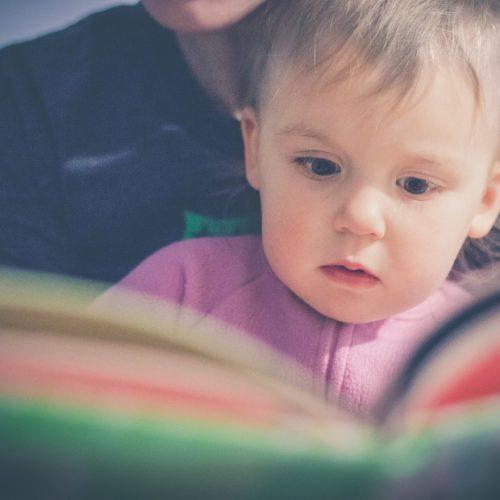El libro, el mejor regalo que puedes hacer a un niño